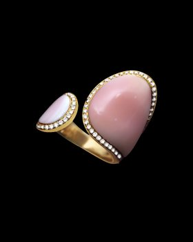 Shell pink ring