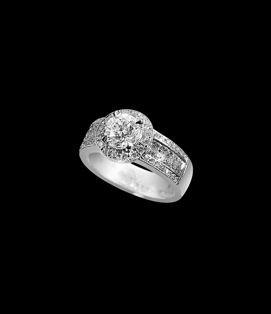 Diamond ring 2 carat