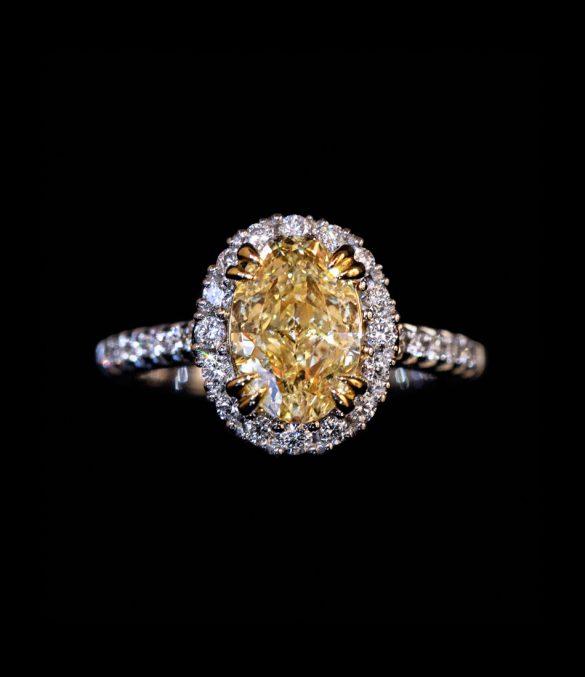 2.05 FLY diamond ring